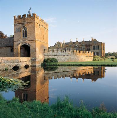 Broughton-Castle